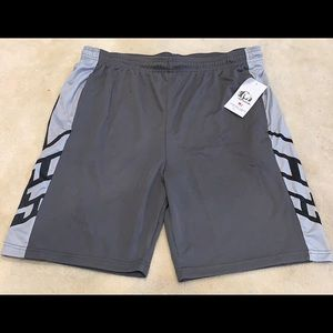 American Legend Outfitters Shorts - Men's XL Athletic Basketball Shorts